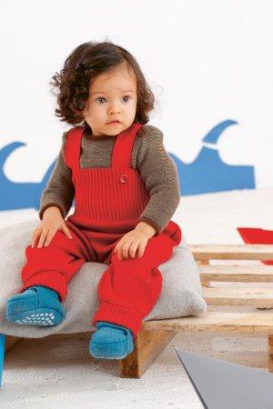 Babykläder filtad ull hängselbyxor tröja tossor modell Disana