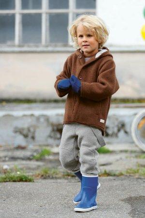 Barnkläder filtad ull jacka hängselbyxor vantar modell Disana