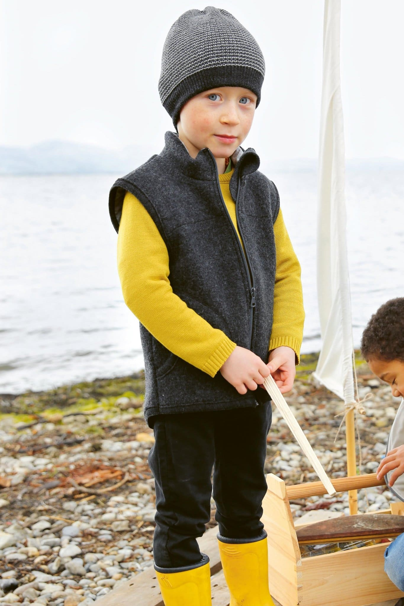 Barnkläder filtad ull väst jacka mössa modell Disana 284de453ddb1f