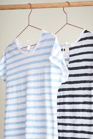 topp randig blå/vit eller svart/vit