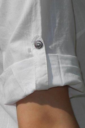 lang-lång skjorta vit modell detalj