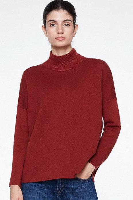 tröja stickad halvpolo yuna vinröd modell