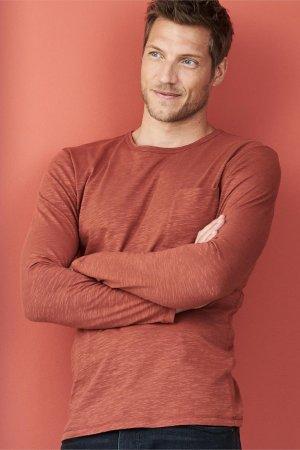 tröja långarmad ficka roströd modell