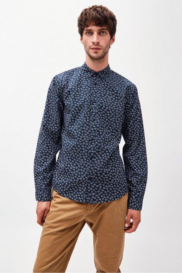 skjorta buskmönster marinblå modell