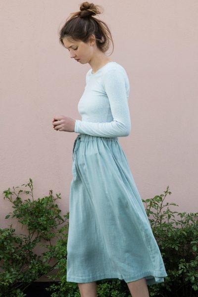 kjol voile blå modell sidan