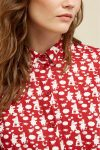 skjorta moomin family modell detalj