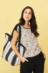 shoppingväska cävd cairo randig naturvit/svart modell