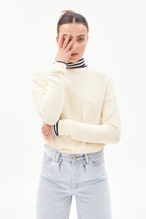 tröja stickad medinaa creme modell